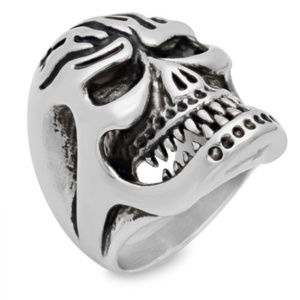 NWT skull ring  bold mens stainless motorcycle
